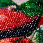 Набор для вышивания картины и размещение вышитого полотна в интерьере